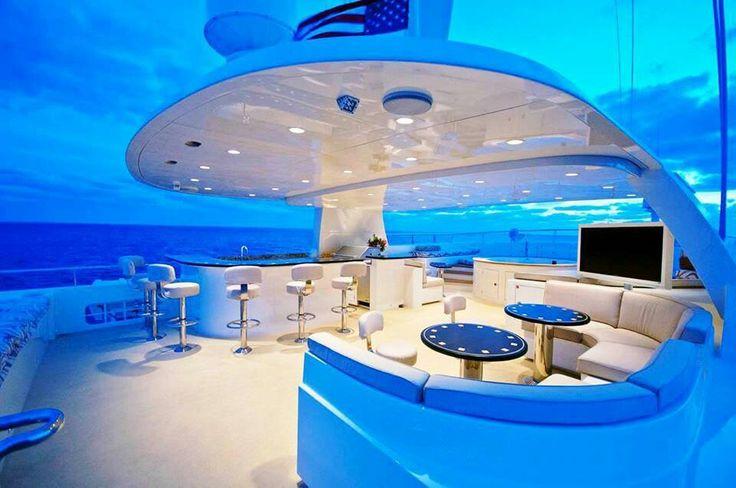 Photogriffon les plus beaux yachts de luxe du monde for Yacht de luxe interieur