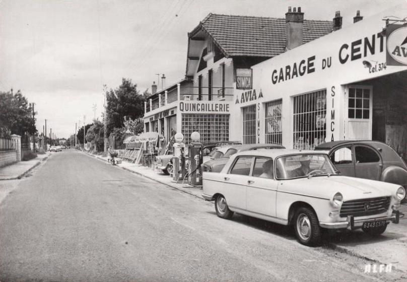 Photogriffon cartes postales des belles voitures for Garage auto voiron